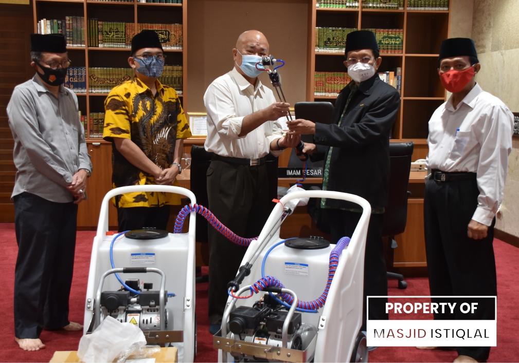 PT. Basuki Energi Indonesia Menghibahkan Electric Fine Master dan Neutra- Disinfektan kepada Masjid Istiqlal