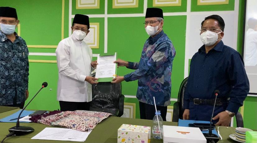 Imam Besar Masjid Istiqlal dan Institut PTIQ Jakarta Tandatangani MoU Program Pengkaderan Ulama