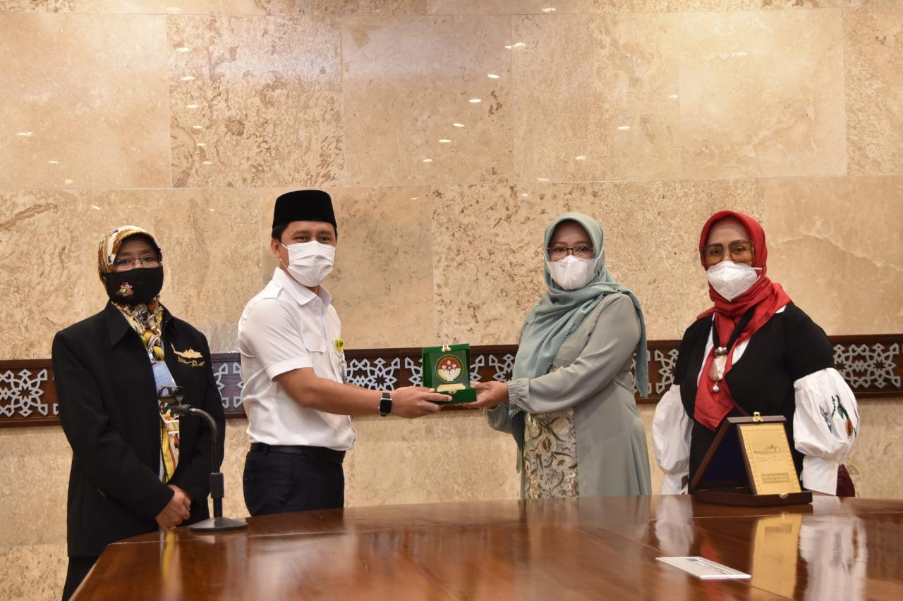 Kunjungan  Dharma Wanita Persatuan Setda Provinsi DKI Jakarta ke Masjid Istiqlal